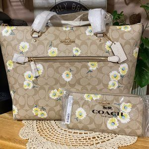 Coach Daisy Gallery Tote and Wallet